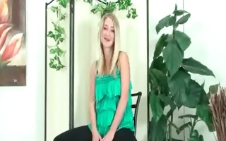 hot legal age teenager girlfriend gives