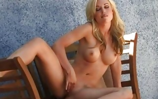 breasty sexy nympho kayden kross plays with her