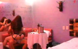 pareja colombia motel armenia