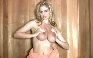 pornstar jenny mcclain couldnt wait to play with