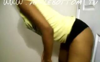 apple bottom butt shaking - cute taut butt wmv v9