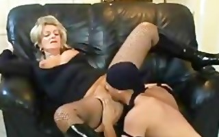 plump wife karola likes it is rough