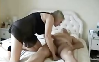 breasty mature wife with good large gazoo rides