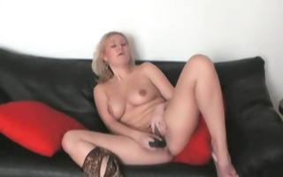 blond sweetheart toying her bawdy cleft