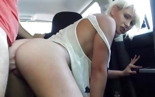 stranded golden-haired girl fucked in the car