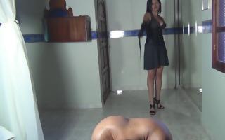 kalinda whipping amusement for a sadistic princess