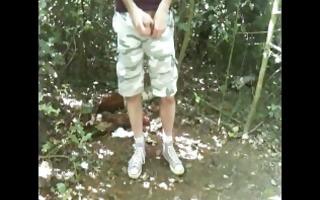 it is was summer - i was horny on hampstead heath