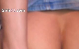 have a fun this czech model dildoing muff
