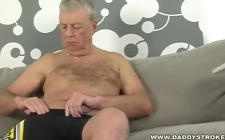 dad blows a monster load