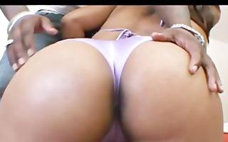 bikini booty bounce - scene 1 - platinum x