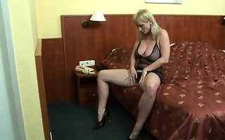 breasty mother i playing with hard nipples